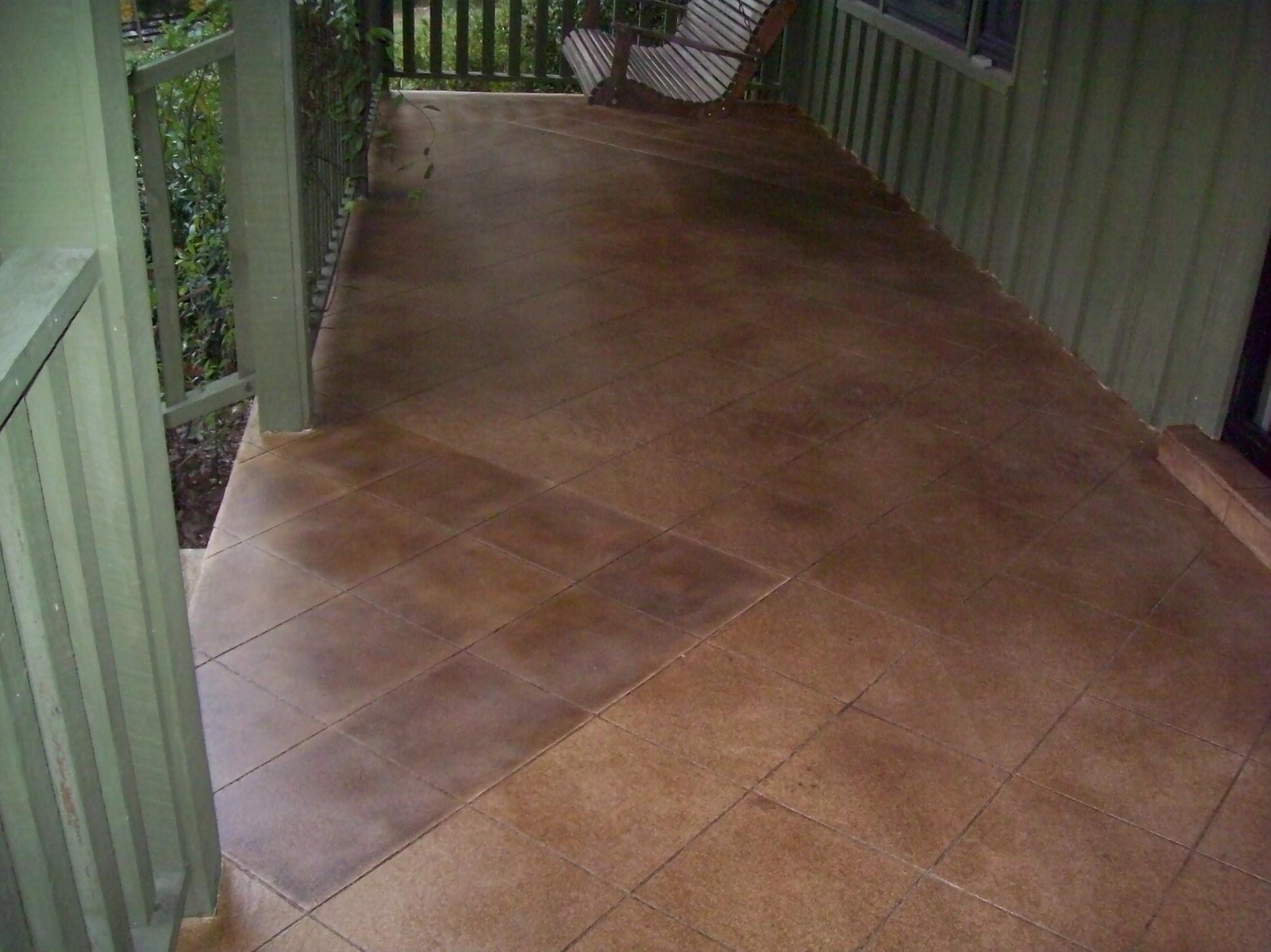 Acid stained cementitious overlay